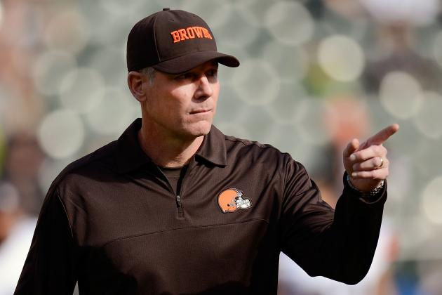 Cleveland Browns Can't Give Up on Pat Shurmur