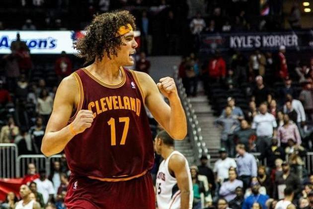 Lawrence Frank Compares Cavaliers' Anderson Varejao to Dennis Rodman