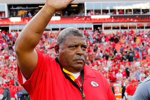 Debate: Should Romeo Crennel Get Another Year?