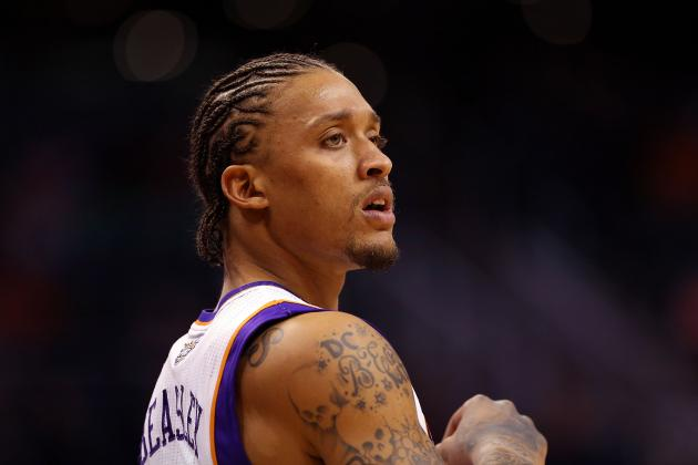 Phoenix Suns: Is It Time to Bench Michael Beasley?