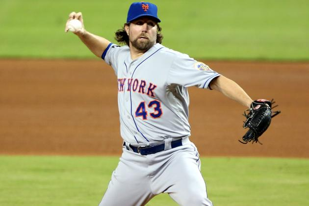 Debate: Should the Mets Trade R.A. Dickey?