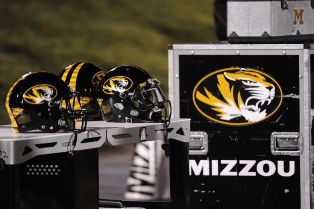 Where Does Pinkel Turn Now to Run Missouri's Offense?
