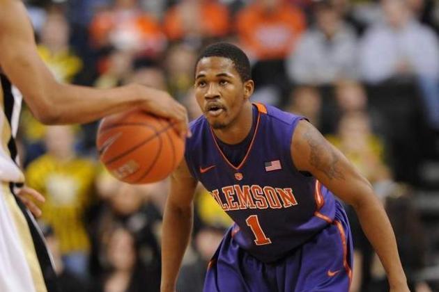 Sapp Leaves Basketball Program