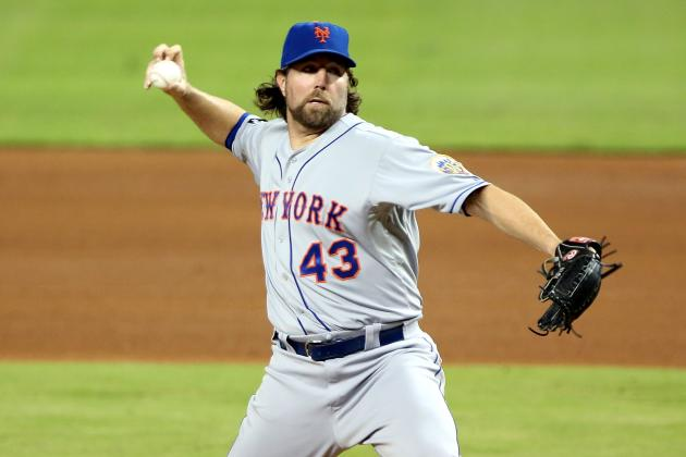 Toronto Blue Jays Emerge as a R.A. Dickey Suitor