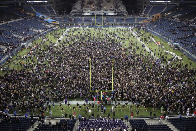 Moment of the Year: On National TV, Huskies Knock off Pac-12 Champs