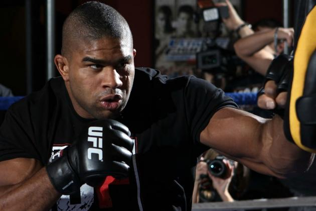 Overeem Says He's 'Never Really Spoke' to Dana White