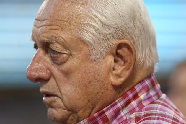 Tommy Lasorda Says Barry Bonds Doesn't Belong in Hall
