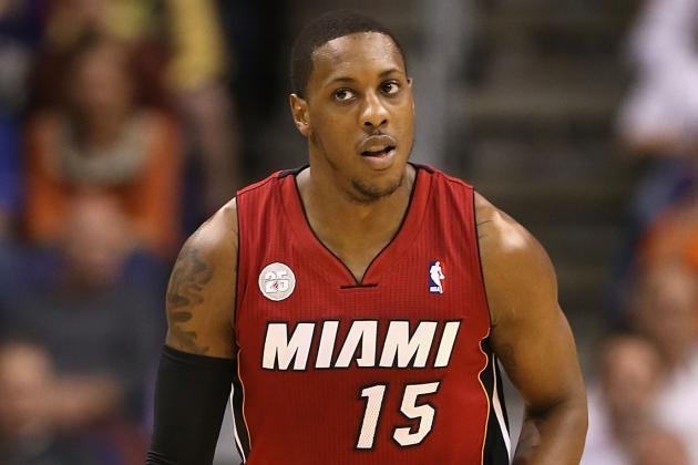 Mario Chalmers Leaves Game with Hand Injury