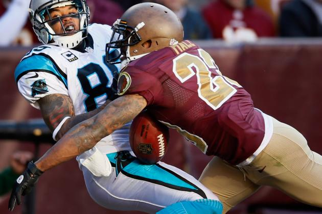 Washington Redskins' DeAngelo Hall on Crutches but Plans to Play Sunday