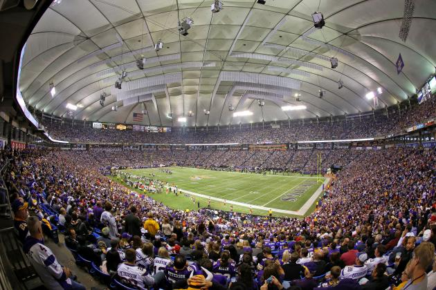 With Vikings' Season on Line, Dome Is Object of Hope, Affection