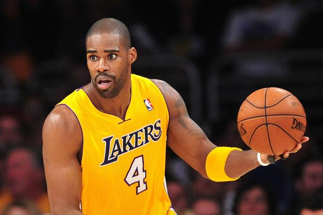 Antawn Jamison's Elevated Game Leaves Pau Gasol on Outside Looking in
