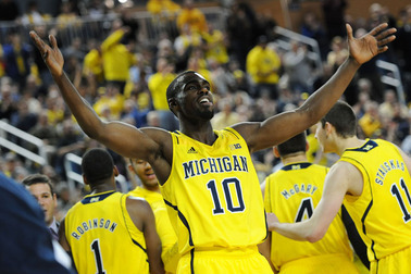 Michigan Basketball Selling Tickets at a Fab Five Pace