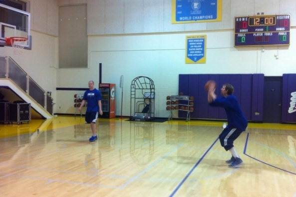 Shootaround Report: Dirk Progresses to on-the-Court Drills