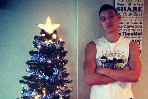 Jeremy Lin Has a Perfectly Sensible Christmas Tree, Linsanity Takes Sad Turn