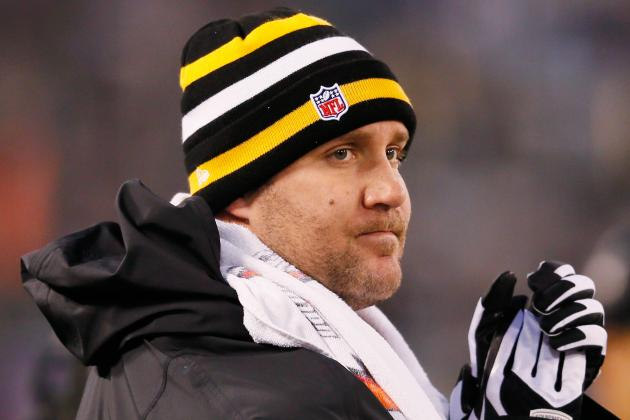 Ben Roethlisberger Practices with Pittsburgh Steelers