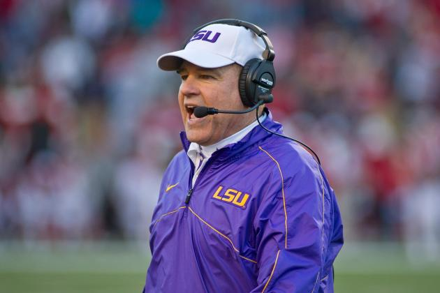 LSU's Les Miles Tries to Clarify Why His Name Was Linked to Arkansas Job