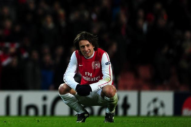 Arsenal: Troubled Times at the Emirates but Rosicky Calls for Unity