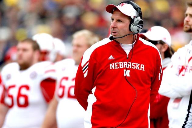 The Pros and Cons of Tennessee Hiring Nebraska's Bo Pelini as New Head Coach