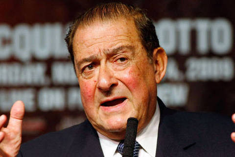 Arum Calls Mayweather Announcement a Ploy for Dates