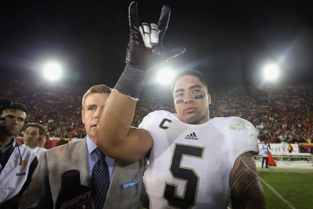 Notre Dame LB Manti Te'o Wins 2012 Walter Camp Award