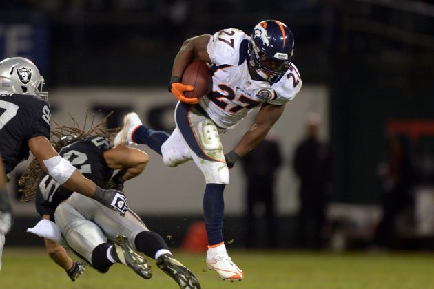 Broncos, Manning Rolling with a Team Effort at 8 Straight