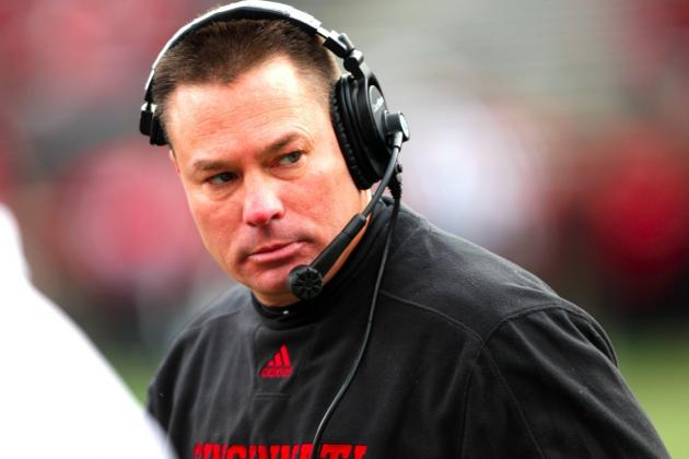 Butch Jones Leaves Cincinnati for Tennessee
