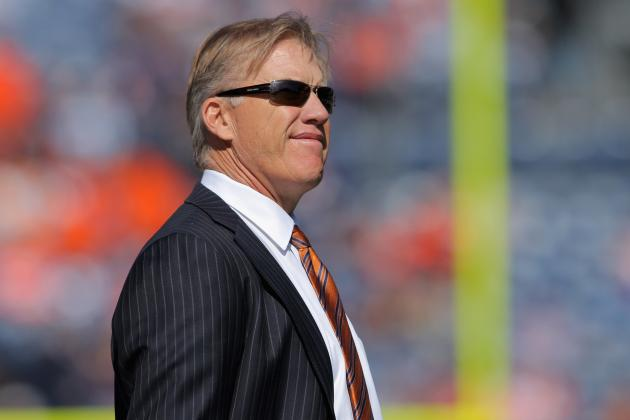 Elway Joins Hall of Famers' Forum in Oakland
