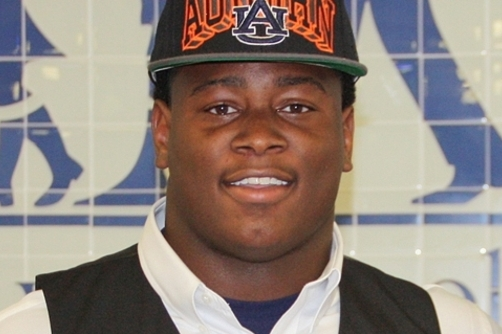College Football Recruit Reuben Foster Decommits from Auburn, Georgia in the Mix