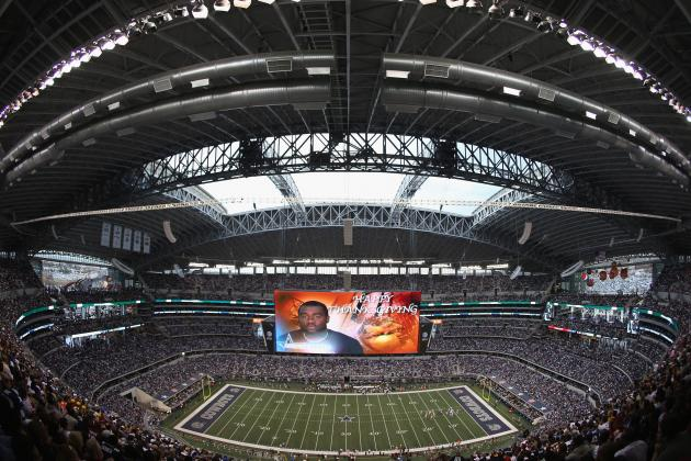 Cowboys Stadium Hosting 4 College Basketball Games at Once Is a Great Idea