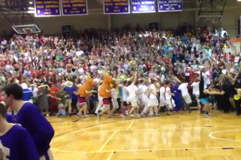 Taylor University's Silent Night tops itself yet again