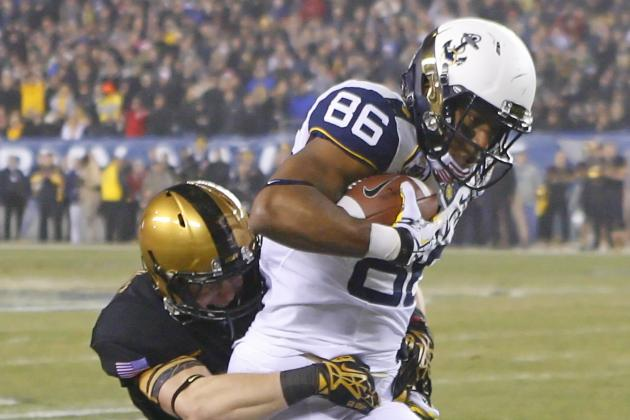 Reynolds Wraps It Up for Navy in Victory over Army