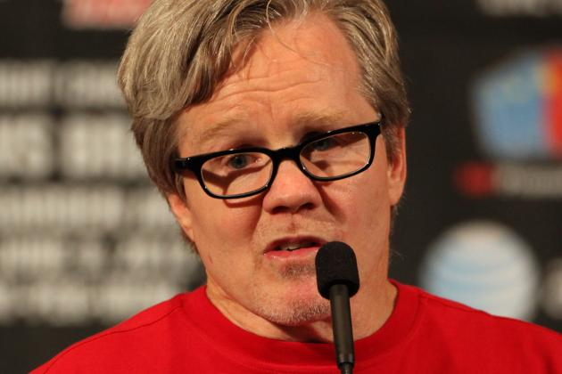 Freddie Roach Says Jose Ramirez Reminds Him of a Young Oscar De La Hoya