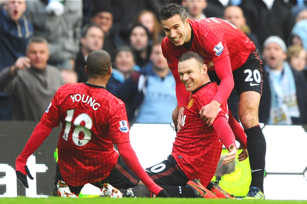 Rooney and Van Persie Fire United to Victory and End City's Unbeaten Run