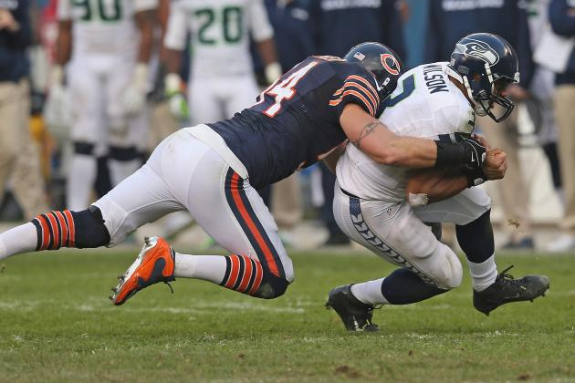 Brian Urlacher's Bears Career Reportedly in Jeopardy