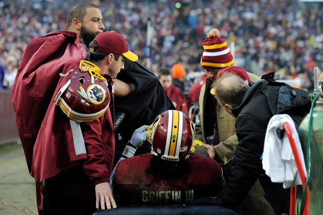 Twitter Reacts to RG3's Knee Injury