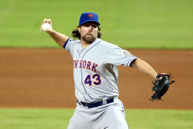 Toronto Blue Jays: Could R.A. Dickey Dominate the AL East with the Jays?