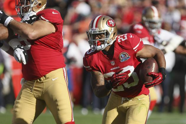 Two Rookies Discover the Field for the First Time and More NFC West News