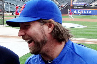 Dickey to Elf for Mets