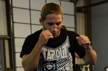 Chad Mendes to Face Yaotzin Meza at UFC on FX 6