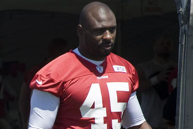 Brandon Jacobs' Career Came to a Screeching Halt after Jim Harbaugh Put Him Down