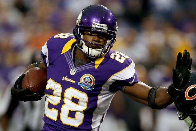Adrian Peterson, Vikings Should Try to Break NFL Single-Season Rushing Record