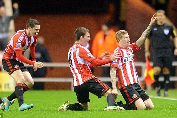 Sunderland 3 Reading 0: McClean, Fletcher and Sessegnon Ease Pressure on O'Neill