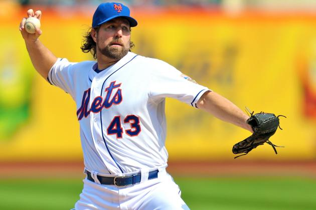 R.A. Dickey Rumors: New York Mets Ace Must Stop Playing Nice and Demand a Trade