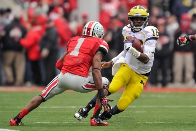 Michigan Football: Denard Robinson Should Not Throw a Pass in 2013 Outback Bowl