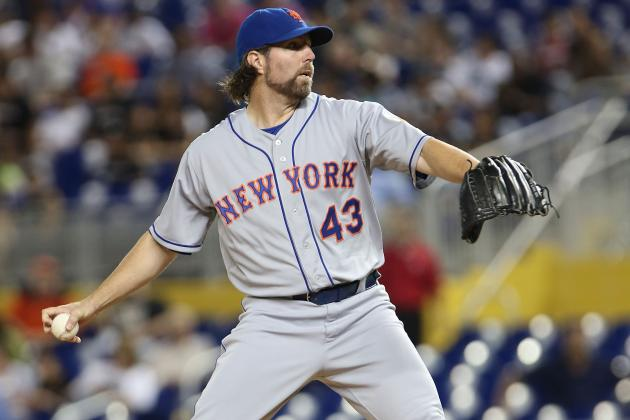Mets Brass Unhappy with Dickey's Contract Complaints at Kids Party