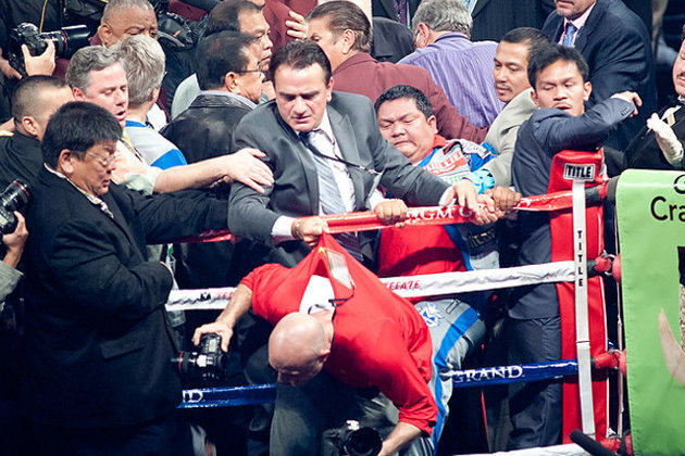 Manny Pacquiao Knockout Led to Alleged Attack on Boxing Photographer