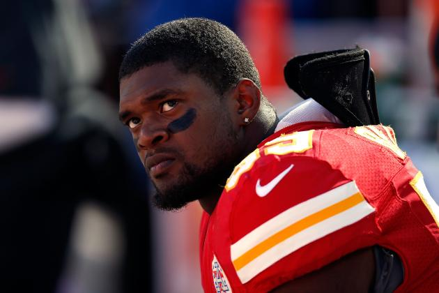 Hundreds Attend Wake for Kansas City Chiefs' Jovan Belcher