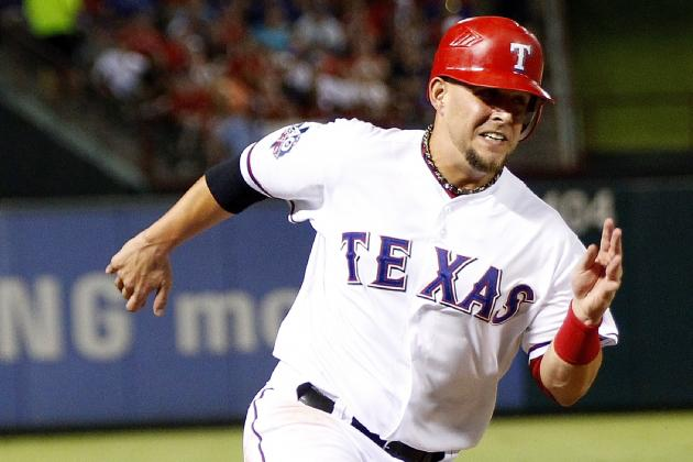 Rangers Re-Sign Brandon Snyder to Minor League Deal