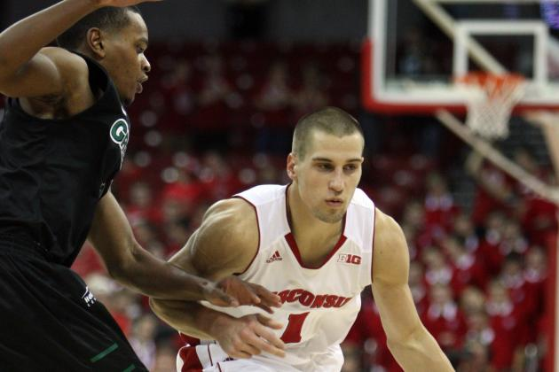 College Basketball Notebook: Wisconsin Rallies Past Green Bay