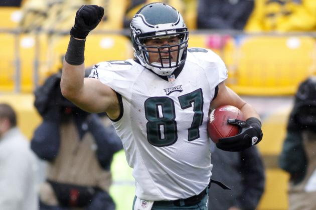Brent Celek Among 7 Inactives Tonight